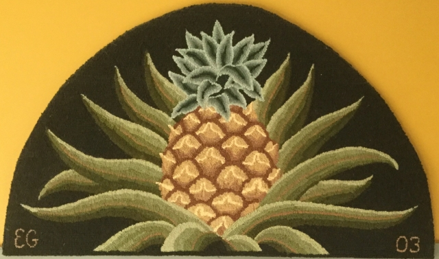Pineapple welcome hooked rug